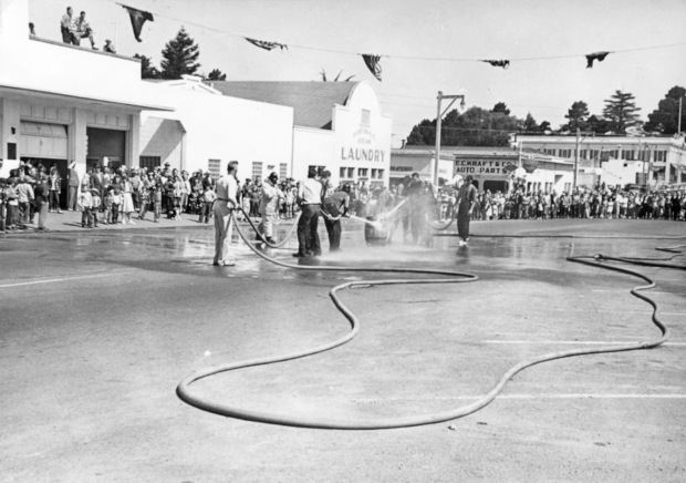 1950 Water Fight