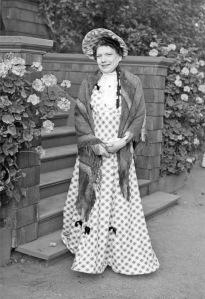 19-C1-f009-11-MrsLovell-PBDays-DressRevue-FredericksStudioPhoto-circa1940s-FBMCHSArchives