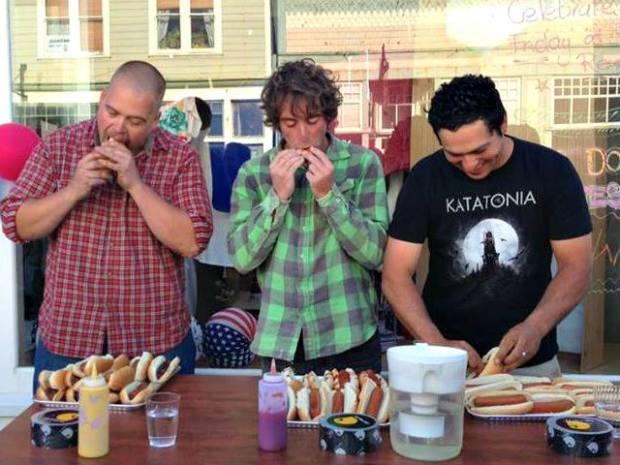 hot dog contest 2013